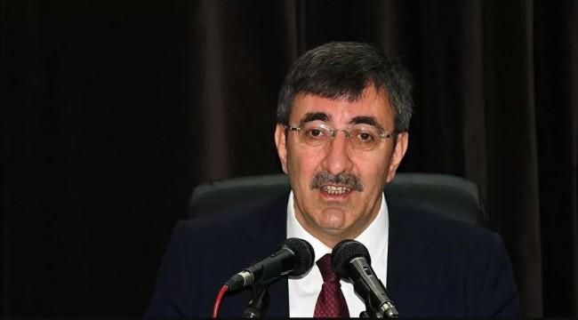 AK Parti Genel Başkan Yardımcısı Yılmaz: Hiçbir mülteciyi zorla göndermiyoruz, sadece gitmek isteyenlere engel olmuyoruz