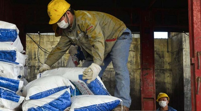 İnşaat İş Sendikası: Firmalar, işçilere Koronavirüs kaynaklı hastalık ya da ölümden sorumlu olmayacakları yönünde taahhütname imzalatıyor