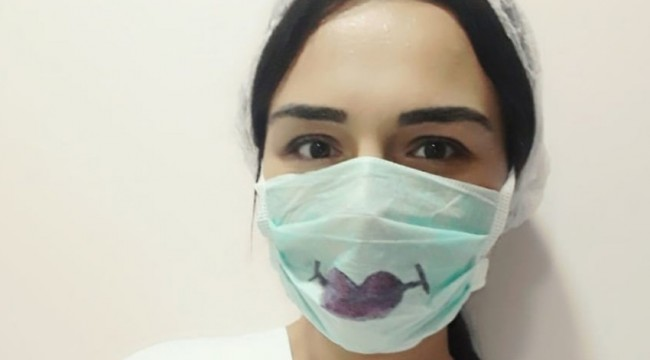 Koronavirüsü yenen Özge hemşire yaşadıklarını paylaştı, moralin önemine dikkat çekti