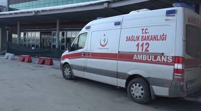 Koronavirüs şüphesiyle hastaneye getirilen 2 kişi, 4 doktoru darp etti
