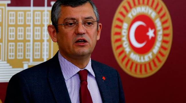 CHP'li Özel'den 'ekran karartma' tepkisi: Sansürcü Fahrettin!