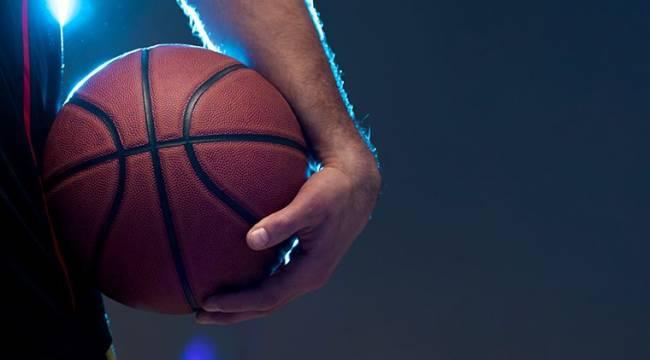 Dünyaca ünlü basketbolcunun hesabı çalındı