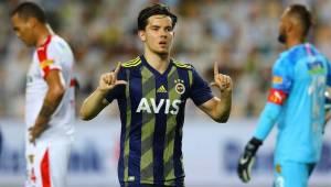 Ferdi Kadıoğlu, Fenerbahçe'yi sırtladı