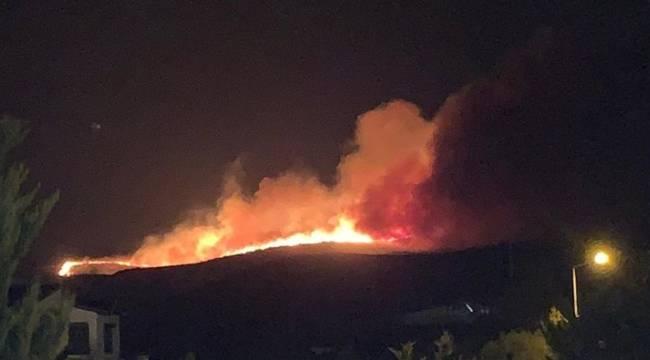 Çeşme'de korkutan yangın; siteler tahliye ediliyor