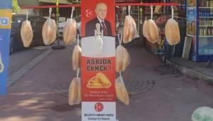 MHP'nin Çankaya'daki 'askıda ekmek' standı kaldırıldı