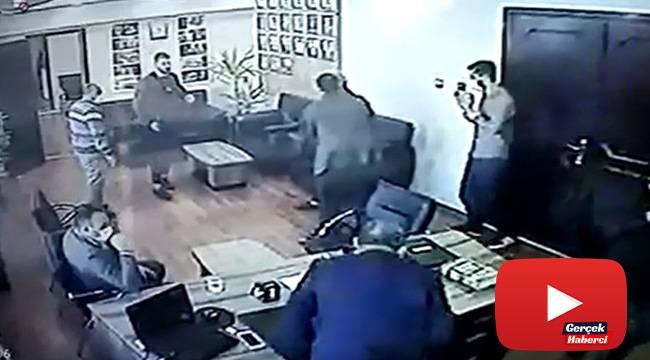 Belediyedeki silahlı saldırı kamerada