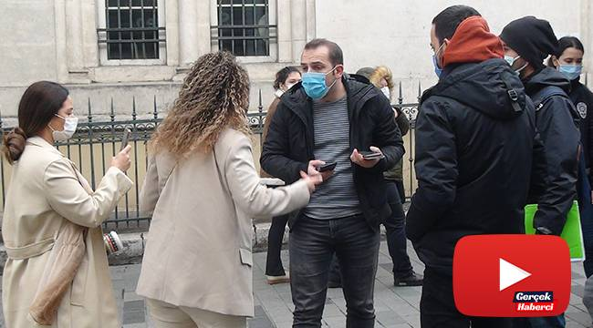 """Polise """"Kapa çeneni"""" diyen kadın turistler gözaltına alındı"""