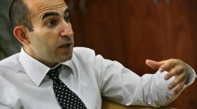Teyit.org inceledi: Melih Bulu'nun intihal yaptığına dair iddialar doğru
