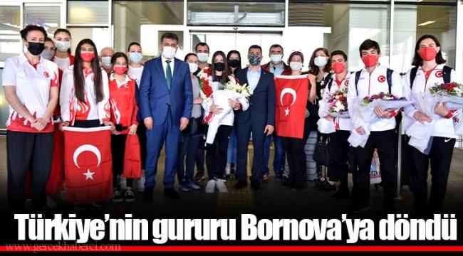 """Türkiye'nin gururu Bornova'ya döndü Sıla Karakuş: """"En büyük hedefim olimpiyatlar"""""""