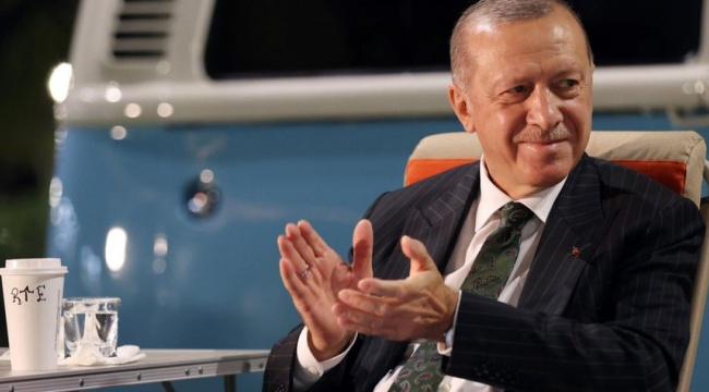 """""""En beğenilen siyasetçi"""" anketinde Erdoğan 3. sırada"""