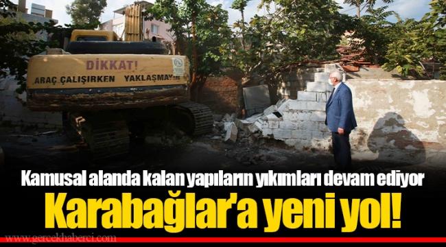 Kamusal alanda kalan yapıların yıkımları devam ediyor.