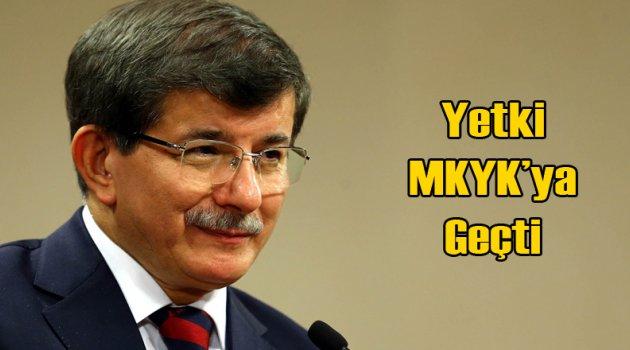 Davutoğlu'na MKYK Darbesi; Teşkilatların sorumluluğu alındı!