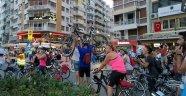 Haklarını Savunan Bisikletliler İzmir'de Trafiğe Çıkacak