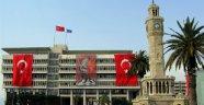 İzmir Büyükşehir'de 41 Kişiye FETÖ Şoku